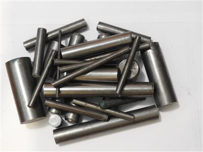 Buy Clearance box Round steel offcuts-short Online